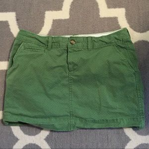 Green Old Navy mini skirt